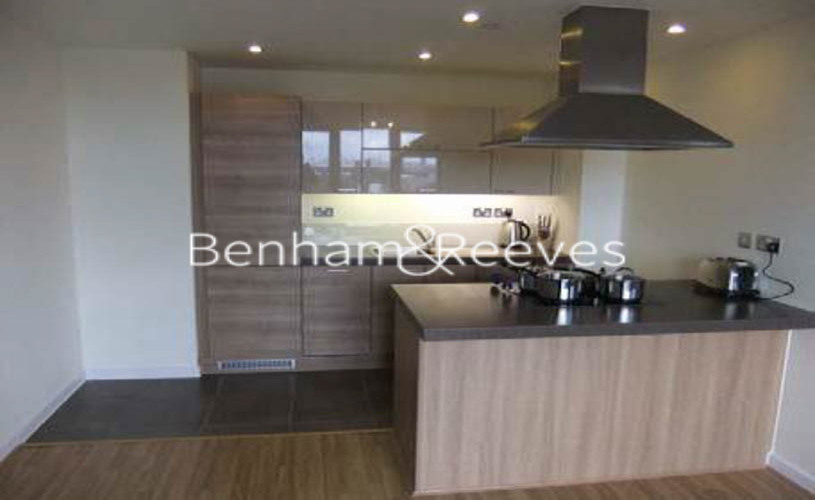 1 bedroom(s) house to rent in Matchamkers Wharf, Canary Wharf E9-image 2