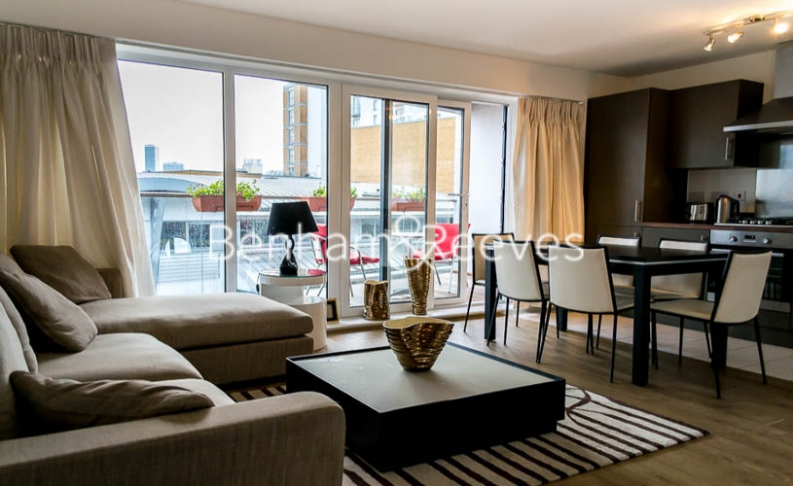 2 bedroom(s) flat to rent in Wallwood Street, Canary Wharf, E14-image 1