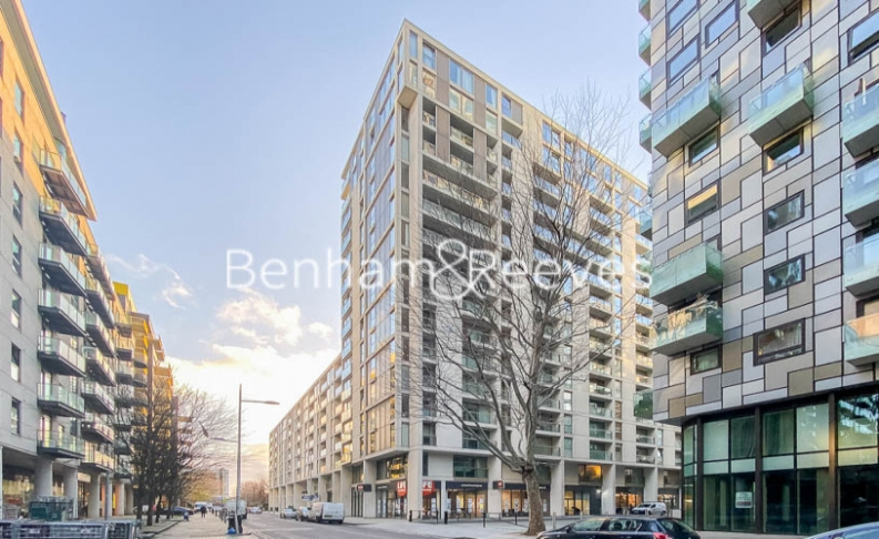 1 bedroom(s) flat to rent in Millharbour, South Quay, E14-image 7