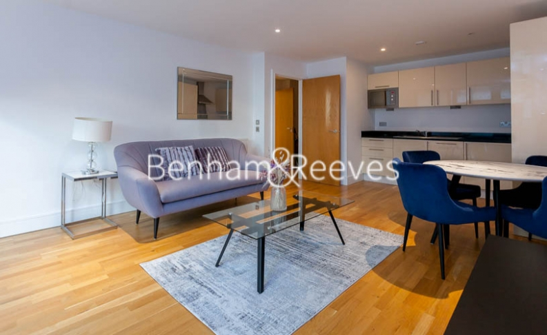 1 bedroom(s) flat to rent in Millharbour, South Quay, E14-image 11