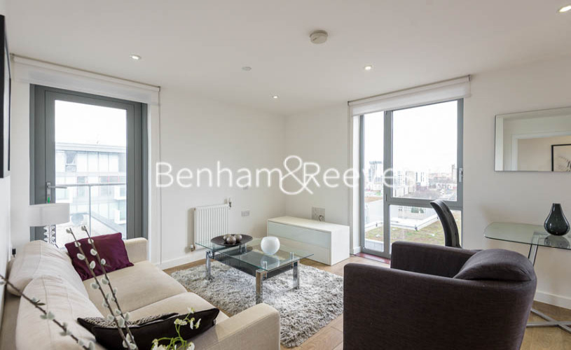 1 bedroom(s) flat to rent in New Festival Avenue, Canary Wharf, E14-image 1