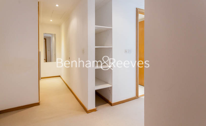 2 bedroom(s) flat to rent in Hertsmere Road, West India Quay, E14-image 5