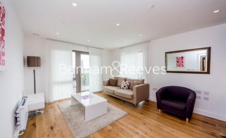 1 bedroom(s) flat to rent in Barking Road, Canning Town, E16-image 1