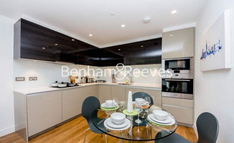 1 bedroom(s) flat to rent in Barking Road, Canning Town, E16-image 2