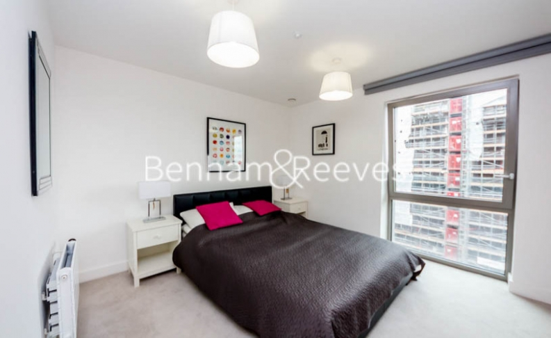 1 bedroom(s) flat to rent in Barking Road, Canning Town, E16-image 3