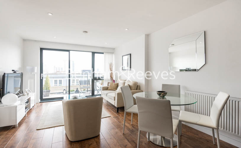 1 bedroom(s) flat to rent in Upper North Street, Canary Wharf, E14-image 2