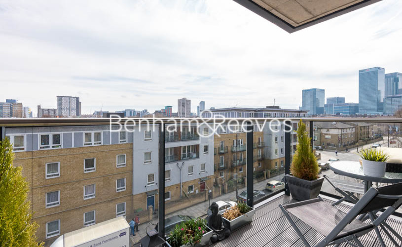 1 bedroom(s) flat to rent in Upper North Street, Canary Wharf, E14-image 7