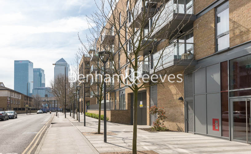 1 bedroom(s) flat to rent in Upper North Street, Canary Wharf, E14-image 8