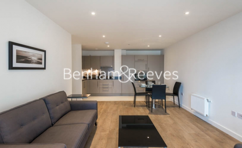 2 bedroom(s) flat to rent in Bessemer Place, North Greenwich, SE10-image 1