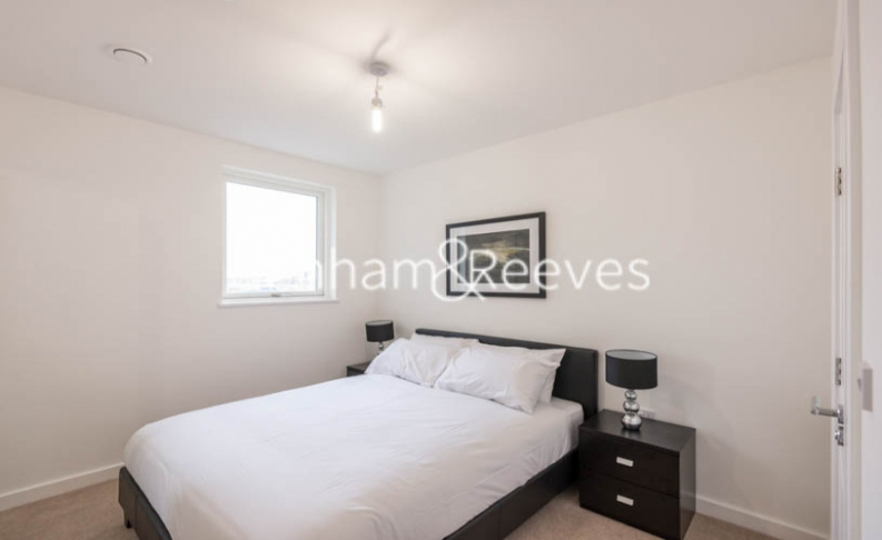 2 bedroom(s) flat to rent in Bessemer Place, North Greenwich, SE10-image 3