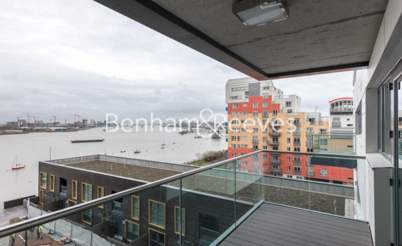 2 bedroom(s) flat to rent in Bessemer Place, North Greenwich, SE10-image 5