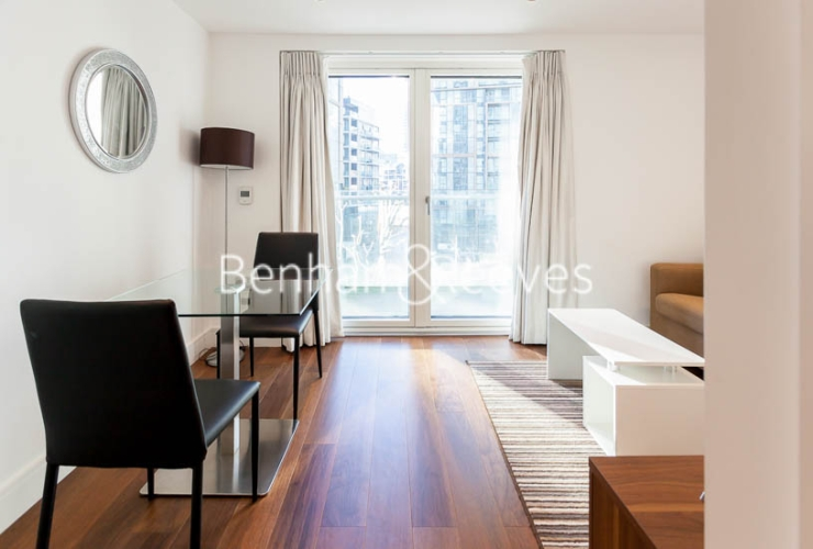 Studio flat to rent in 6 Lincoln Plaza, Canary Wharf, E14-image 17
