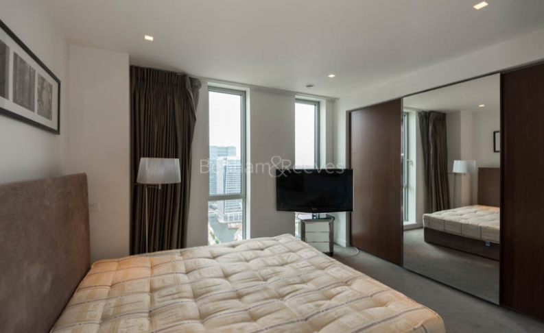 2 bedroom(s) flat to rent in Pan Peninsula, Canary Wharf, E14-image 6