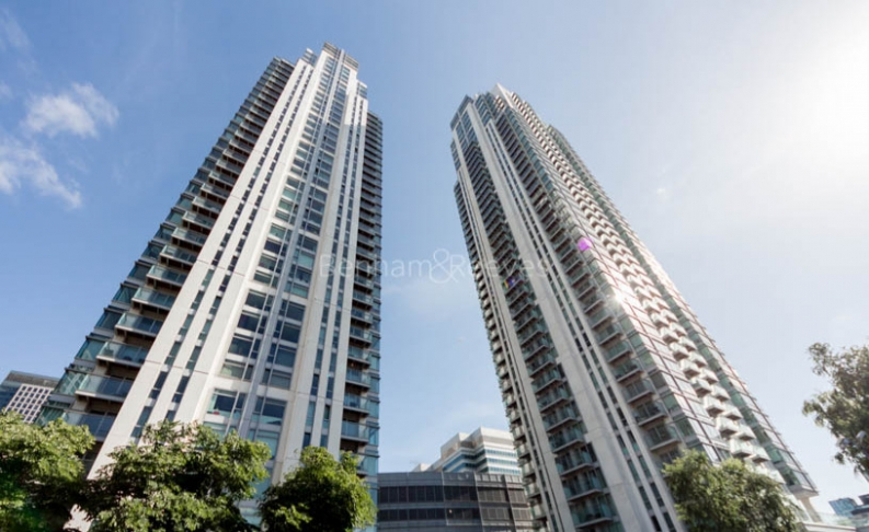 2 bedroom(s) flat to rent in Pan Peninsula, Canary Wharf, E14-image 11