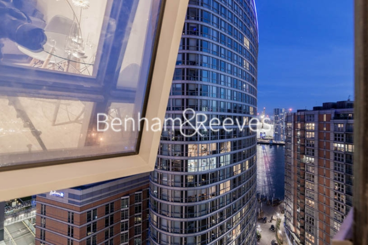 1 bedroom(s) flat to rent in Biscayne Avenue, Canary Wharf, E14-image 13