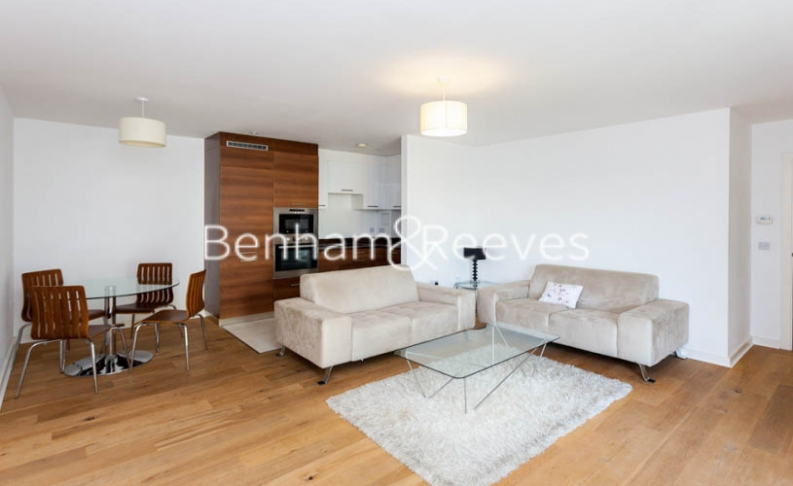 2 bedroom(s) flat to rent in Forge Square, Canary Wharf, E14-image 1