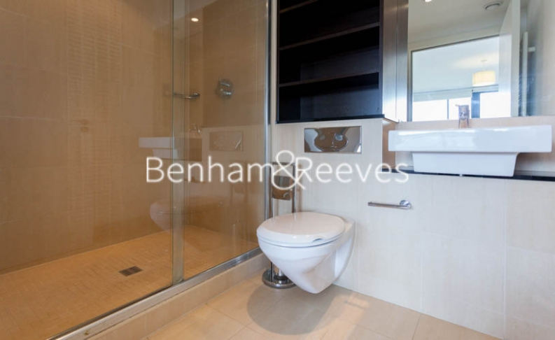 2 bedroom(s) flat to rent in Forge Square, Canary Wharf, E14-image 4