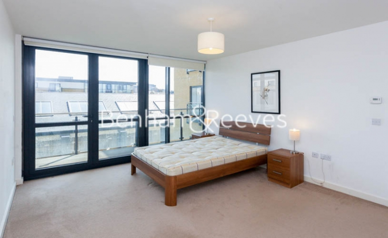2 bedroom(s) flat to rent in Forge Square, Canary Wharf, E14-image 6