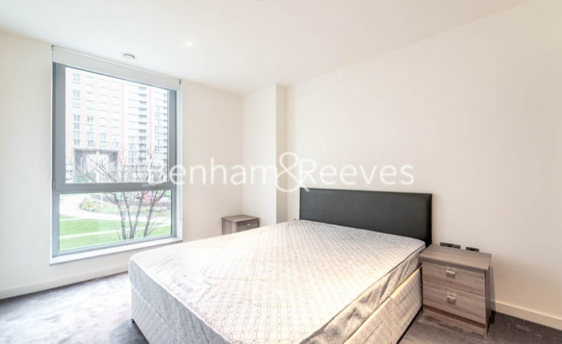 1 bedroom(s) flat to rent in Biscayne Avenue, Canary Wharf, E14-image 3