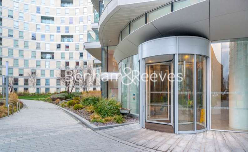 1 bedroom(s) flat to rent in Biscayne Avenue, Canary Wharf, E14-image 5