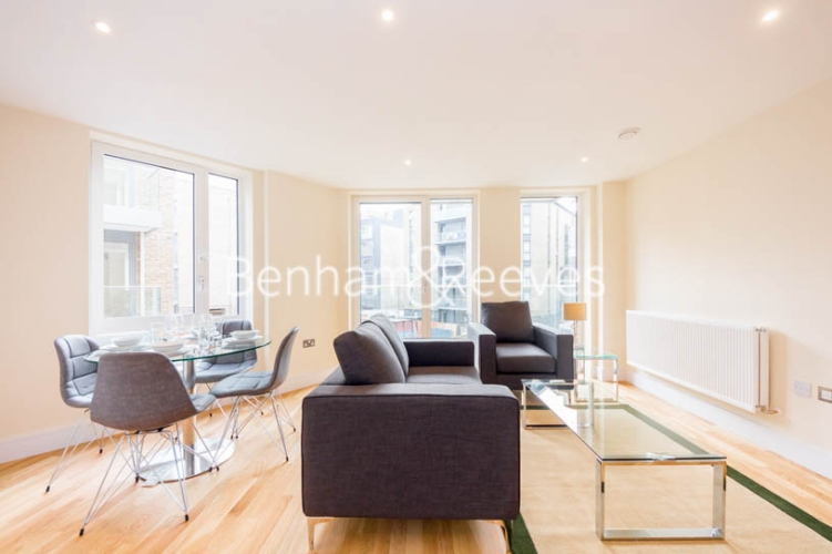 1 bedroom(s) flat to rent in St. Anne's Street, Canary Wharf, E14-image 1
