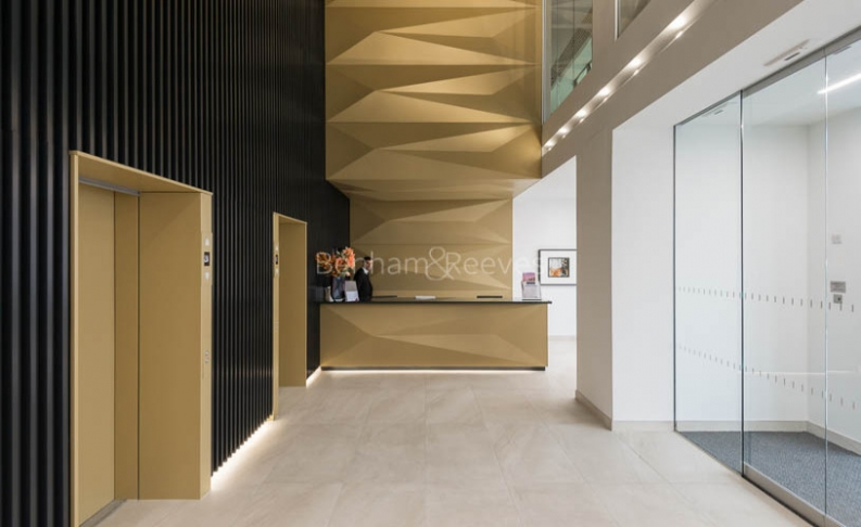2 bedroom(s) flat to rent in Dollar Bay, Canary Wharf, E14-image 8