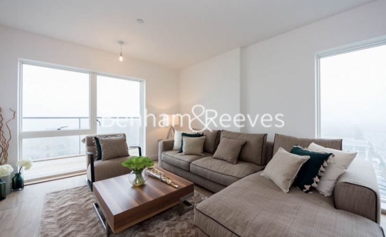 2 bedroom(s) flat to rent in Royal Dockside, Canary Wharf, E16-image 1