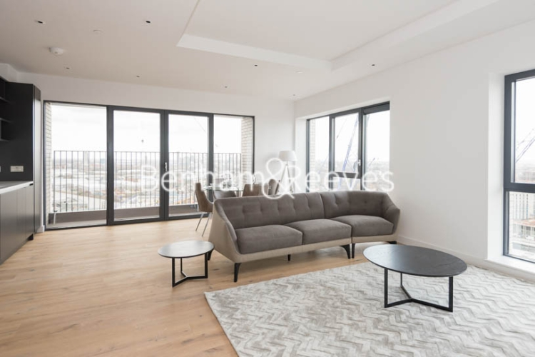 2 bedroom(s) flat to rent in Grantham House, London City Island, Botanic Square, E14-image 1