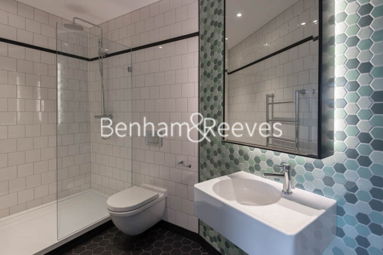 2 bedroom(s) flat to rent in Grantham House, London City Island, Botanic Square, E14-image 4