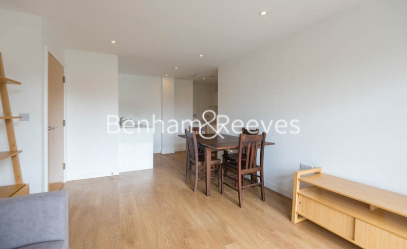 1 bedroom(s) flat to rent in Sargasso Court, Canary Wharf, E3-image 7