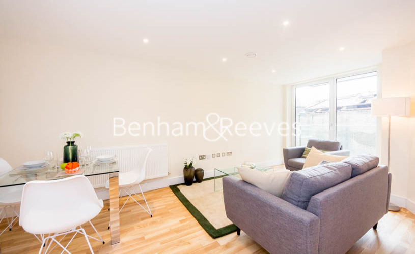 2 bedroom(s) flat to rent in St Annes Street, Canary Wharf, E14-image 1
