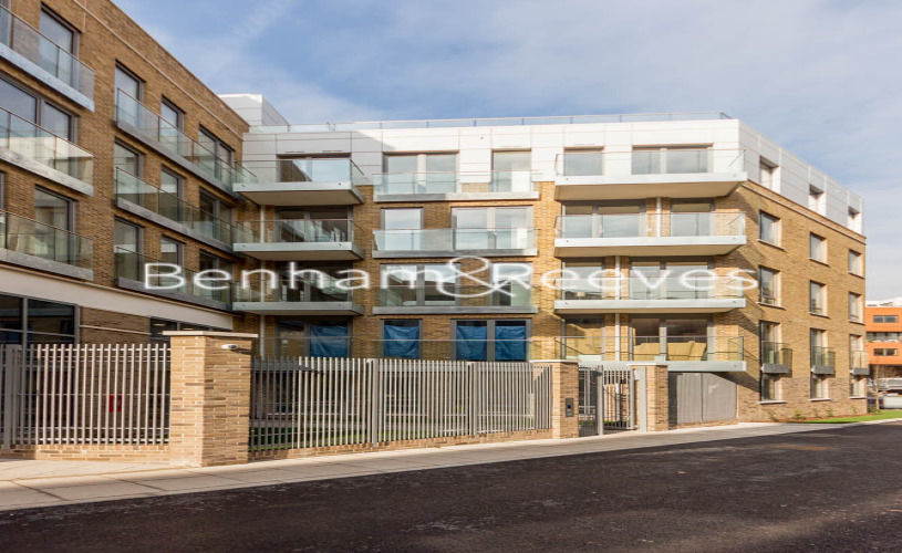 2 bedroom(s) flat to rent in St Annes Street, Canary Wharf, E14-image 6