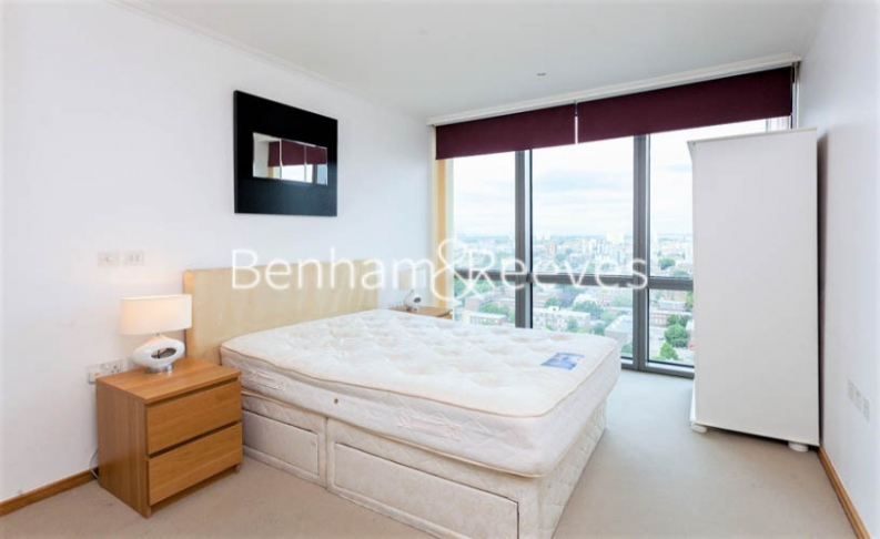 1 bedroom(s) flat to rent in Hertsmere Road, West India Quay, E14-image 4