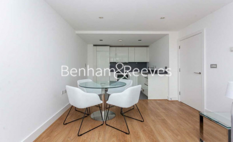 2 bedroom(s) flat to rent in Yeo Street, Canary Wharf, E3-image 3