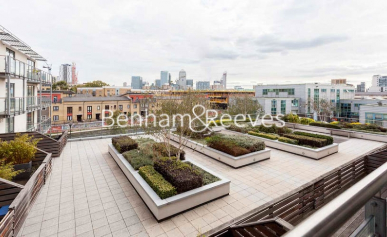 2 bedroom(s) flat to rent in Yeo Street, Canary Wharf, E3-image 7