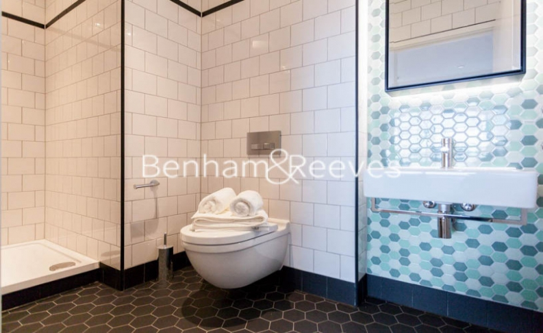 2 bedroom(s) flat to rent in Lyell Street, Canary Wharf, E14-image 5