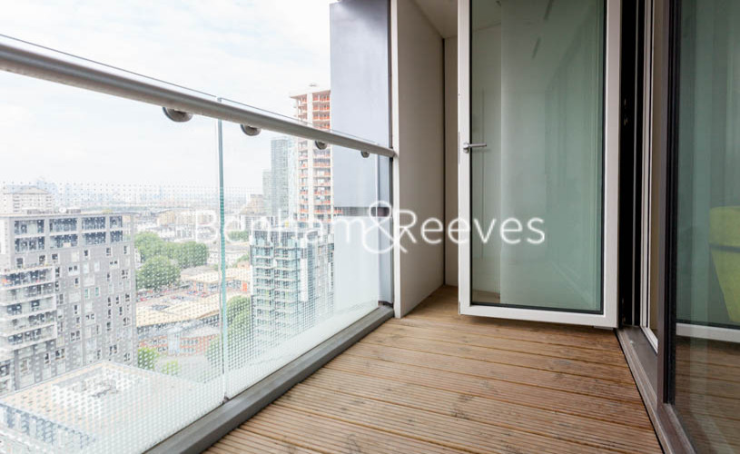 2 bedroom(s) flat to rent in Duckman Tower, Lincoln Plaza, E14-image 6