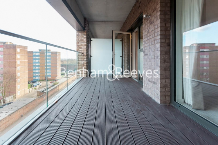 1 bedroom(s) flat to rent in 2 Shipbuilding Way, Canary Wharf E13-image 6