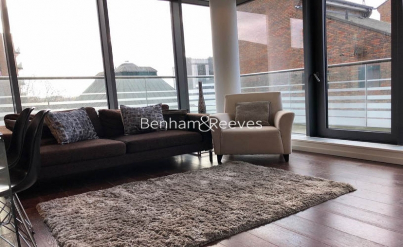 2 bedroom(s) flat to rent in Baltimore Wharf, Oakland Quay, E14-image 1