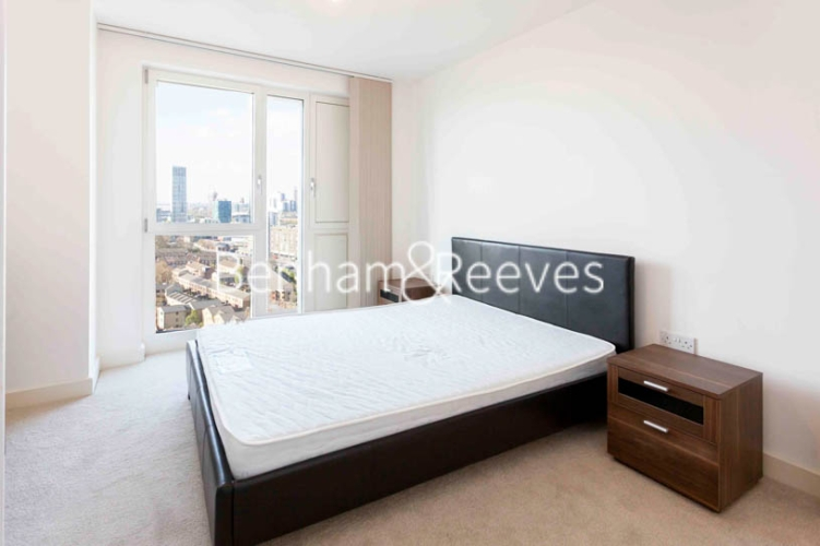 1 bedroom(s) flat to rent in Jefferson Plaza, Canary Wharf, E3-image 8