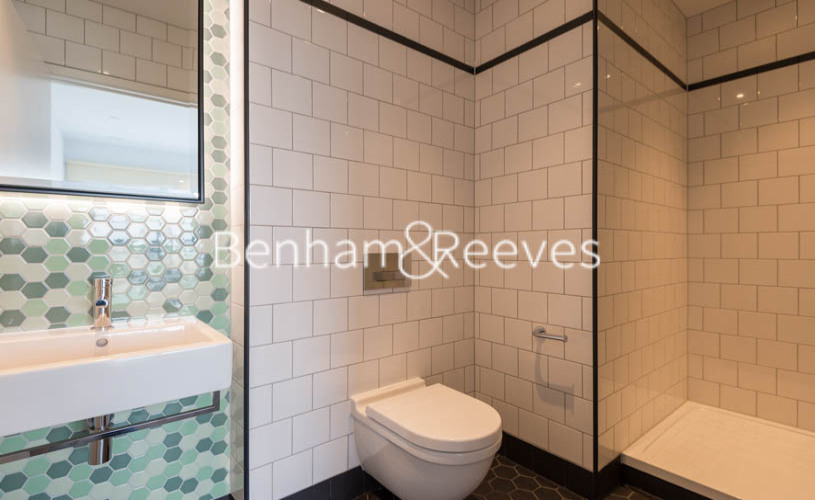 2 bedroom(s) flat to rent in Lyell Street, Canary Wharf, E14-image 4