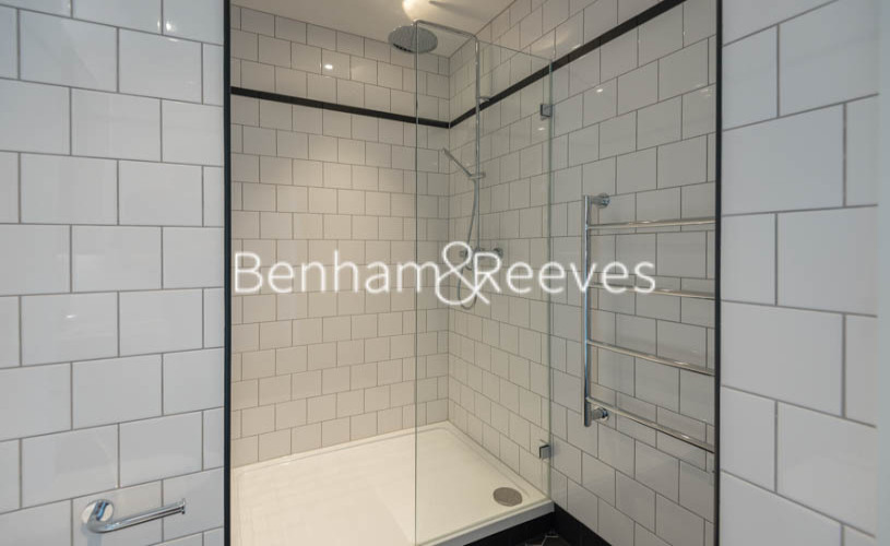 2 bedroom(s) flat to rent in Lyell Street, Canary Wharf, E14-image 10