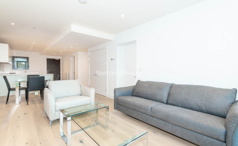 2 bedroom(s) flat to rent in Major Draper Street, Canary Wharf ,SE18-image 1