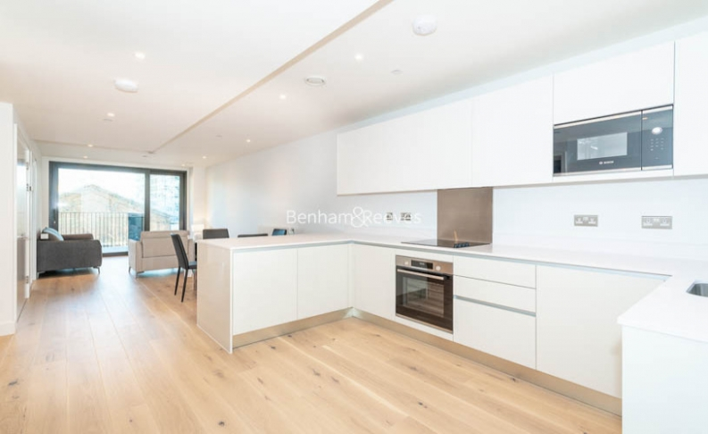2 bedroom(s) flat to rent in Major Draper Street, Canary Wharf ,SE18-image 2