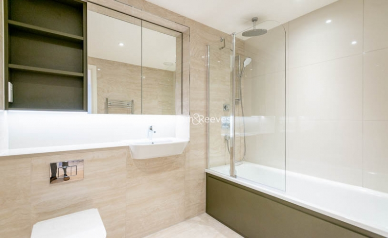 2 bedroom(s) flat to rent in Major Draper Street, Canary Wharf ,SE18-image 5