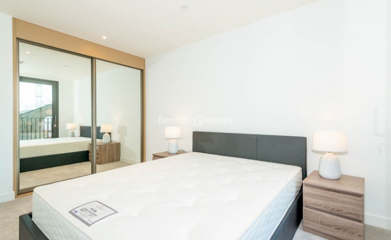 2 bedroom(s) flat to rent in Major Draper Street, Canary Wharf ,SE18-image 10