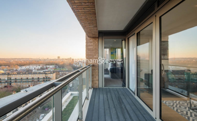 2 bedroom(s) flat to rent in East Ferry Road, Canary Wharf, E14-image 6