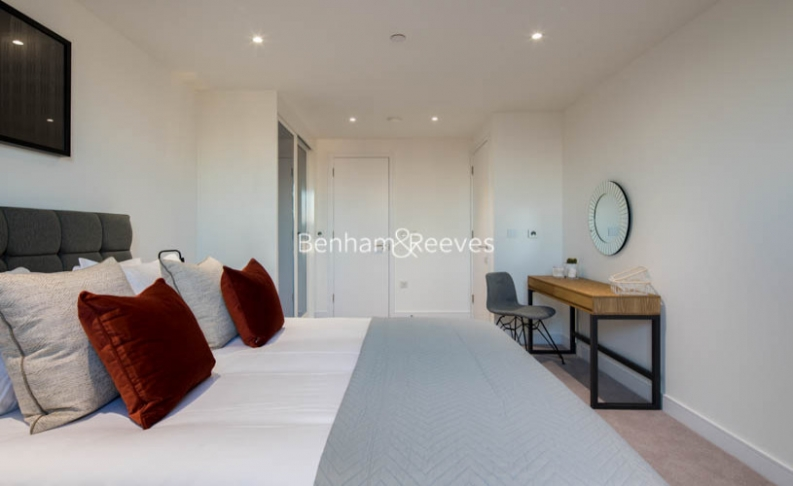 2 bedroom(s) flat to rent in East Ferry Road, Canary Wharf, E14-image 7
