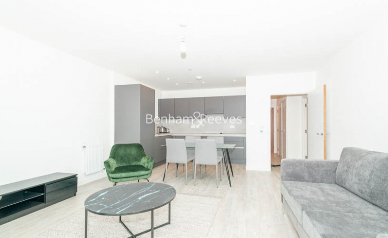1 bedroom(s) flat to rent in Chamberlain Court , Ironworks Way, E13-image 6