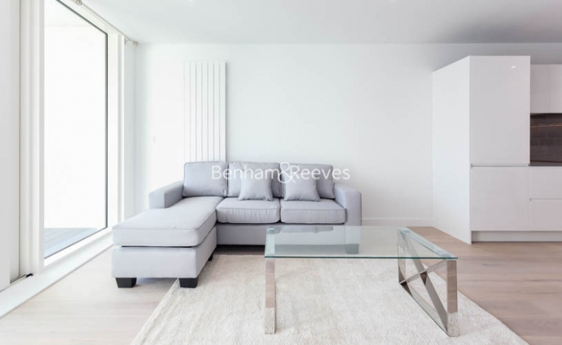 1 bedroom(s) flat to rent in Royal Crest Avenue, Canary Wharf, E16-image 7